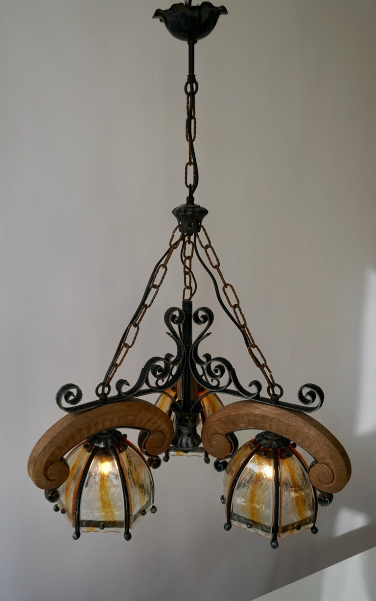 French Rustic Wood and Glass Chandelier For Sale 7