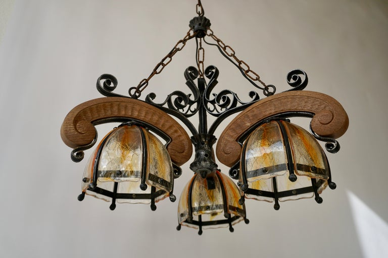 20th Century French Rustic Wood and Glass Chandelier For Sale