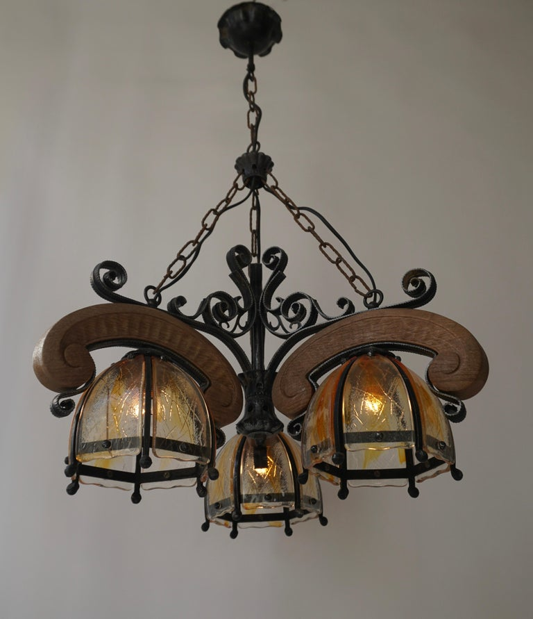 French Rustic Wood and Glass Chandelier For Sale 2