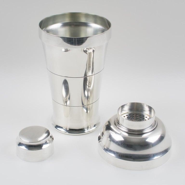 French Saint Medard Paris Art Deco Silver Plate Cocktail or Martini Shaker In Good Condition For Sale In Atlanta, GA