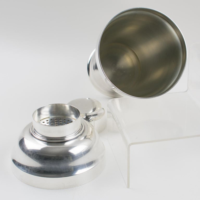 Mid-20th Century French Saint Medard Paris Art Deco Silver Plate Cocktail or Martini Shaker For Sale
