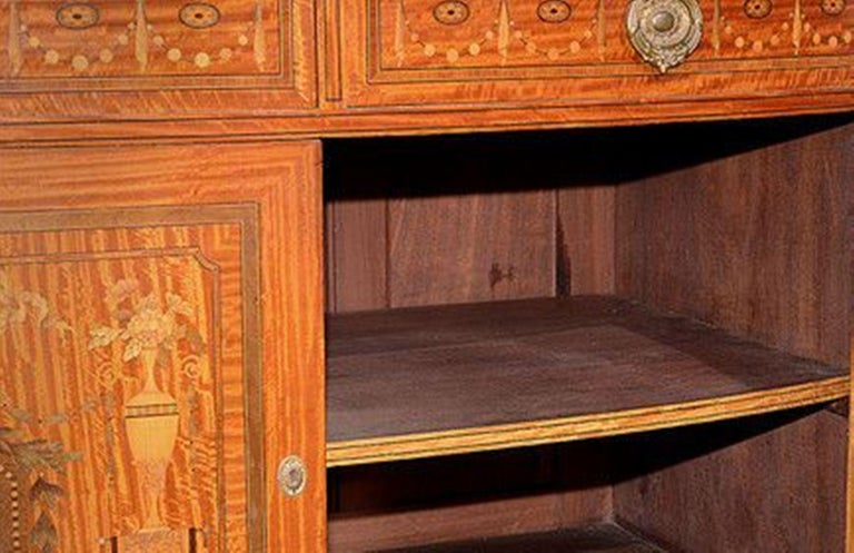 French Satinwood and Marquetry Side Cabinet For Sale 1