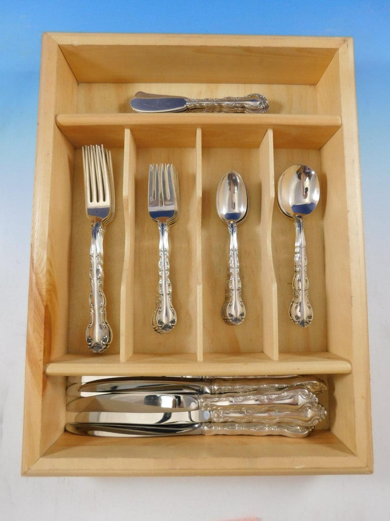 French Scroll by Alvin Sterling Silver Flatware Set Service 36 Pieces Dinner For Sale 2