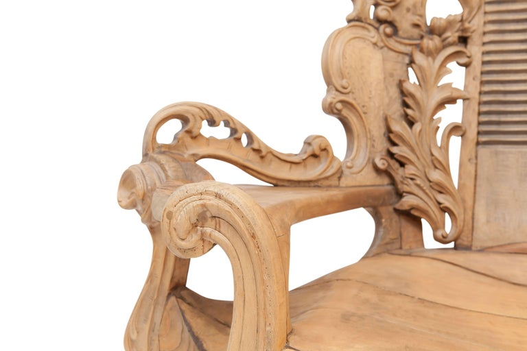 French Sculptural Oak Throne Chair In Good Condition For Sale In Antwerp, BE