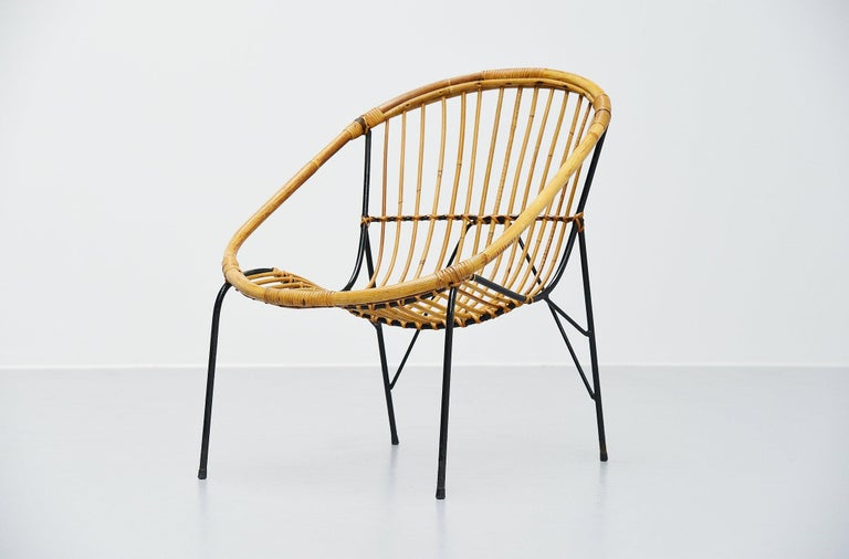 Mid-Century Modern French Sculptural Rattan Lounge Chair, France, 1950 For Sale