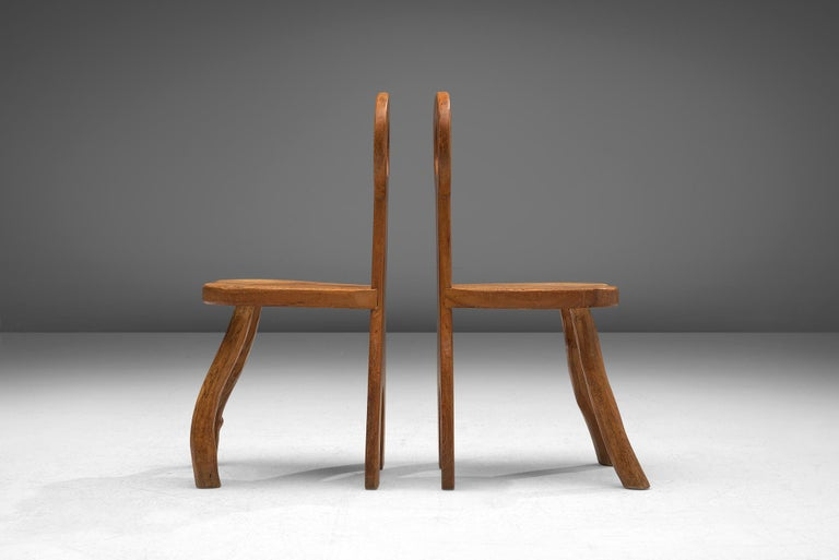 Mid-20th Century French Set of Five Robust Dining Chairs in Oak For Sale