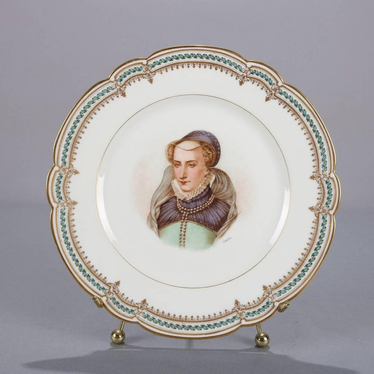 French Sevres Painted and Gilt Portrait Plate of Jeanne D'Albret, 19th Century In Good Condition For Sale In Big Flats, NY