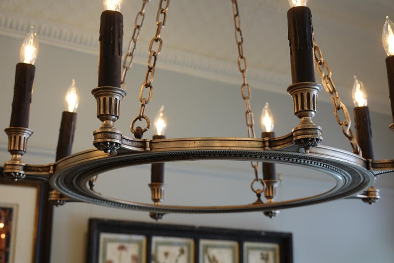 French Silvered-Bronze Neoclassical Chandelier For Sale 7