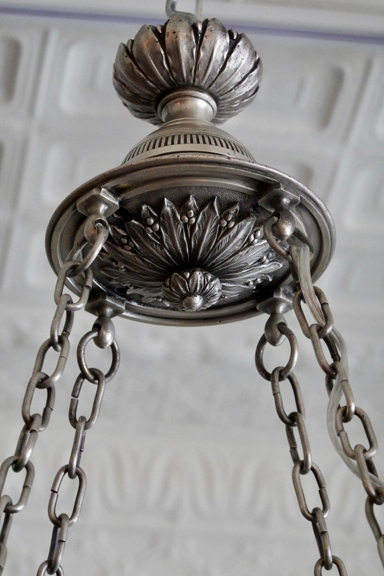 French Silvered-Bronze Neoclassical Chandelier For Sale 9