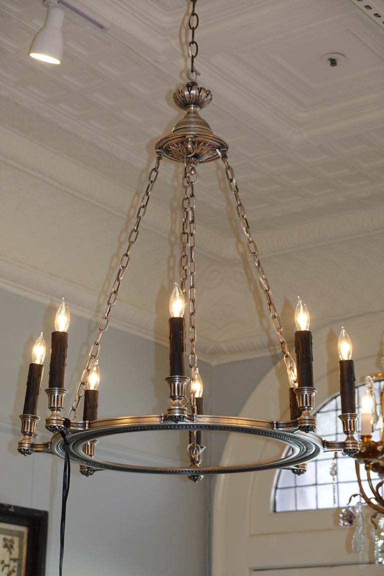 French Silvered-Bronze Neoclassical Chandelier For Sale 10