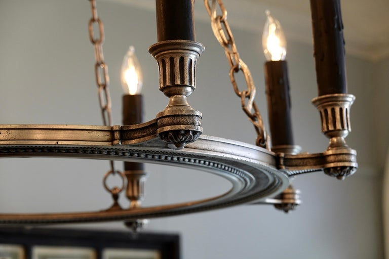 French Silvered-Bronze Neoclassical Chandelier For Sale 5