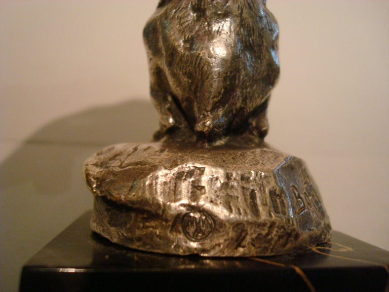 French Silvered Bronze Rabbit Car Mascot Hood Ornament Paperweight Signed Bofill In Good Condition For Sale In Buenos Aires, Olivos