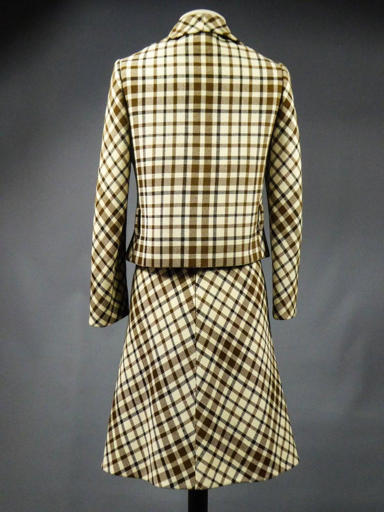 French Skirt SuitDemi-Couture Christian Dior / Bérénice Marseille Circa 1968 For Sale 7