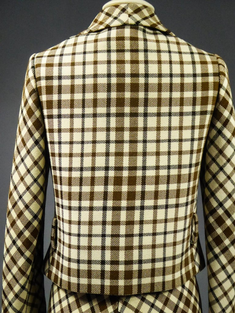 French Skirt SuitDemi-Couture Christian Dior / Bérénice Marseille Circa 1968 For Sale 8