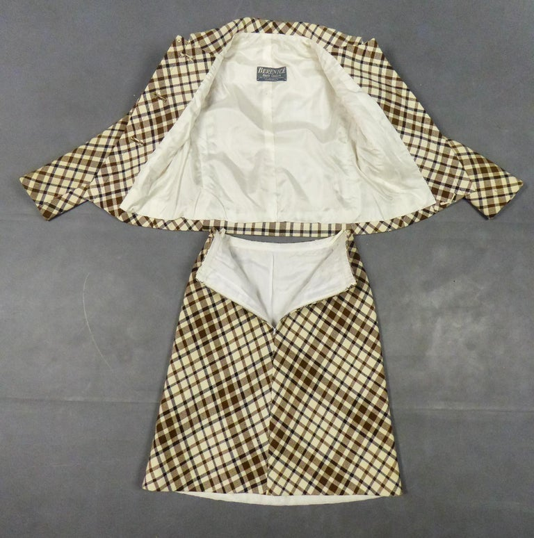 French Skirt SuitDemi-Couture Christian Dior / Bérénice Marseille Circa 1968 For Sale 10