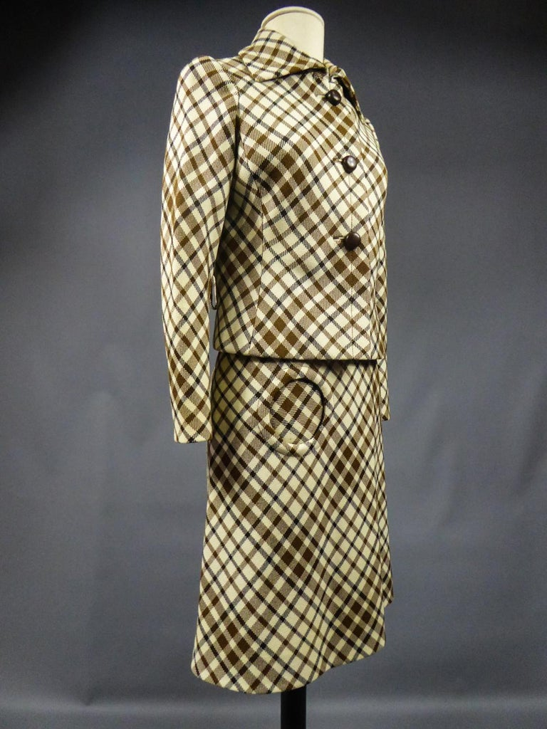 French Skirt SuitDemi-Couture Christian Dior / Bérénice Marseille Circa 1968 For Sale 4
