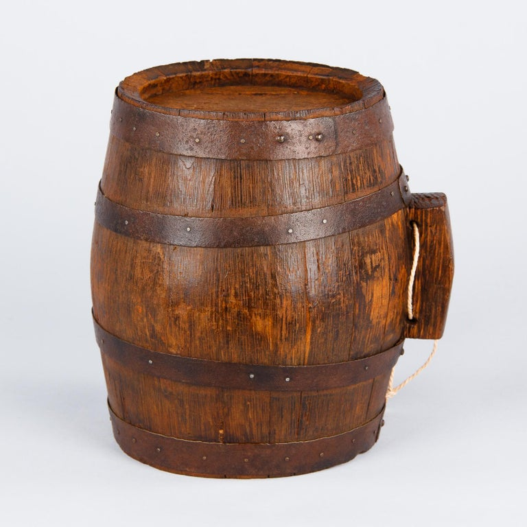20th Century French Small Oak Wine Barrel from Provence, 1920s For Sale