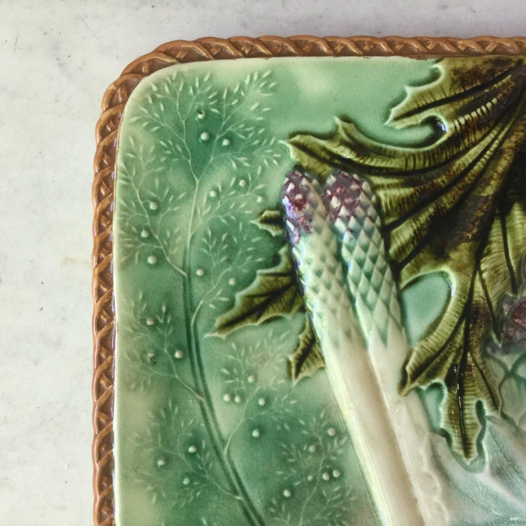 French Square Majolica Asparagus Plate, circa 1890 In Good Condition For Sale In The Hills, TX