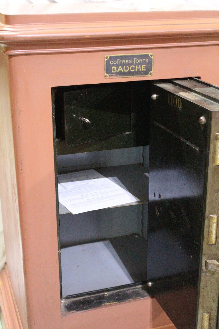French Steel Safe by Bauche In Good Condition For Sale In , South West France