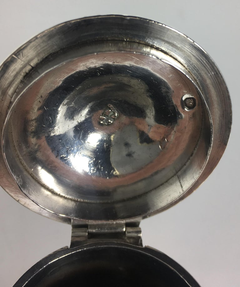 French Sterling Silver Chocolate Pot, 19th Century In Good Condition For Sale In Arles, FR