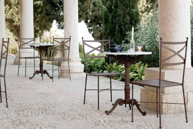 French Style Cast Iron Base with Marble-Top Garden Table or Bistro Table In Excellent Condition For Sale In Miami, FL