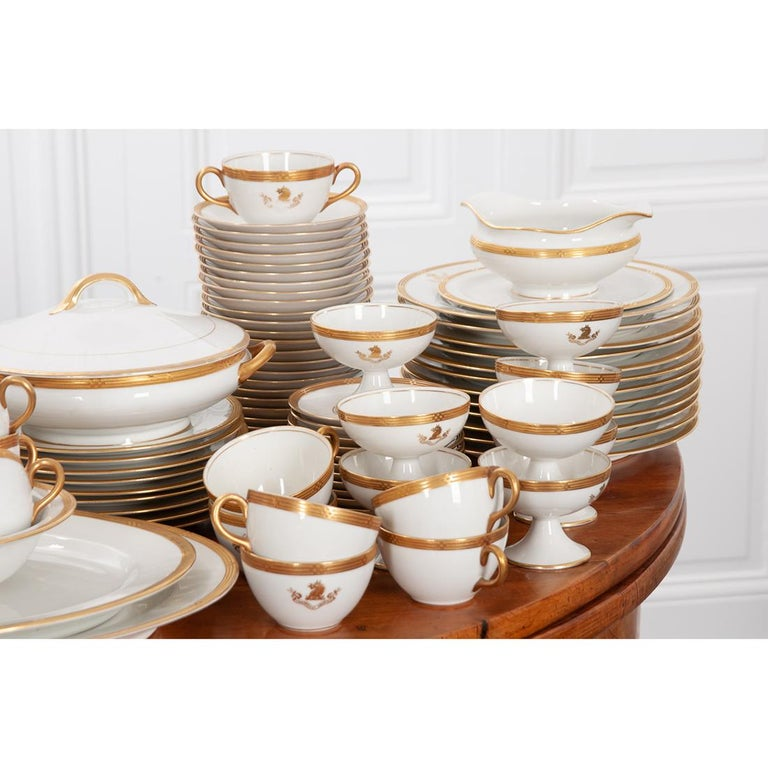 Other French Syracuse China 132-Piece Parcel Dinner Service For Sale