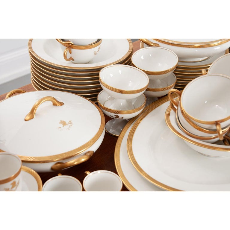 20th Century French Syracuse China 132-Piece Parcel Dinner Service For Sale
