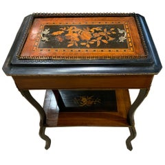 French Table Napoleon III, 19th Century Rosewood and Ebony Marquetry Inlay