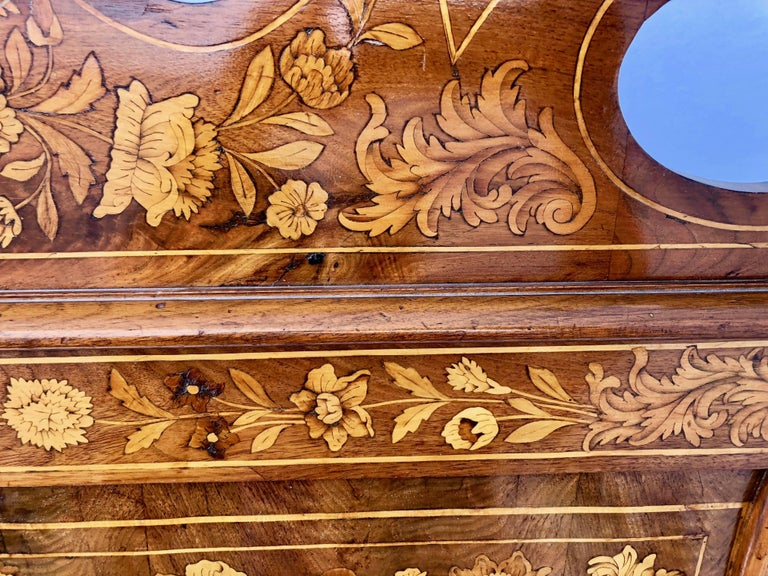 French Thomas Hache Louis XIVth Marquetry Children's Bed, 1690 For Sale 11