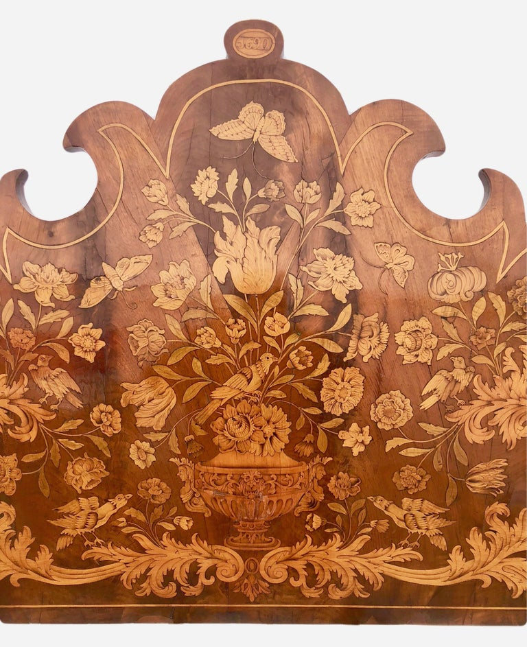 French Thomas Hache Louis XIVth Marquetry Children's Bed, 1690 For Sale 2