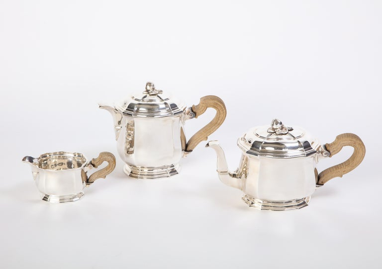 French Three-Piece Tea and Coffee Set in Silver, Mark of Tiffany & Co., New York In Good Condition For Sale In New York, NY