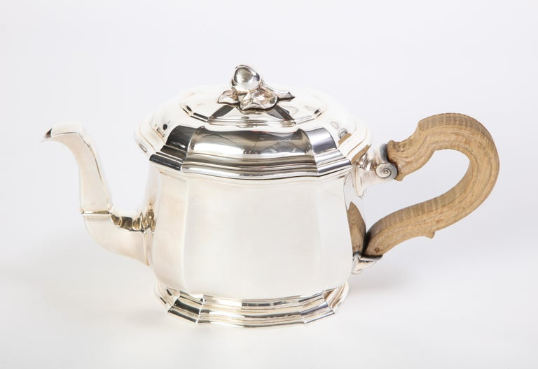 French Three-Piece Tea and Coffee Set in Silver, Mark of Tiffany & Co., New York For Sale 6