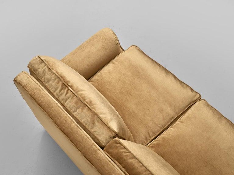 French Three-Seat Sofa in Beige Velvet 1