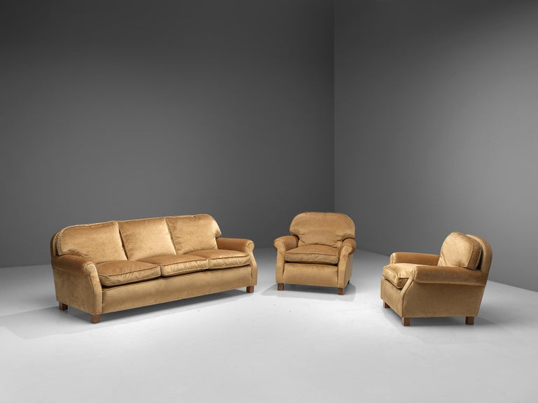 French Three-Seat Sofa in Beige Velvet 4