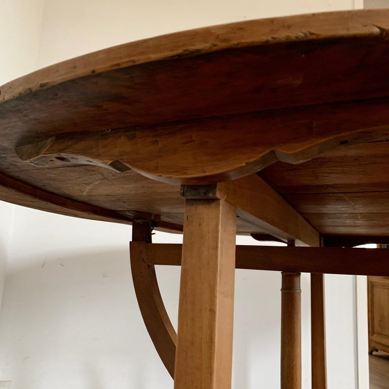 French Provincial French Tilt-top Wine Tasting Table, 19th Century For Sale