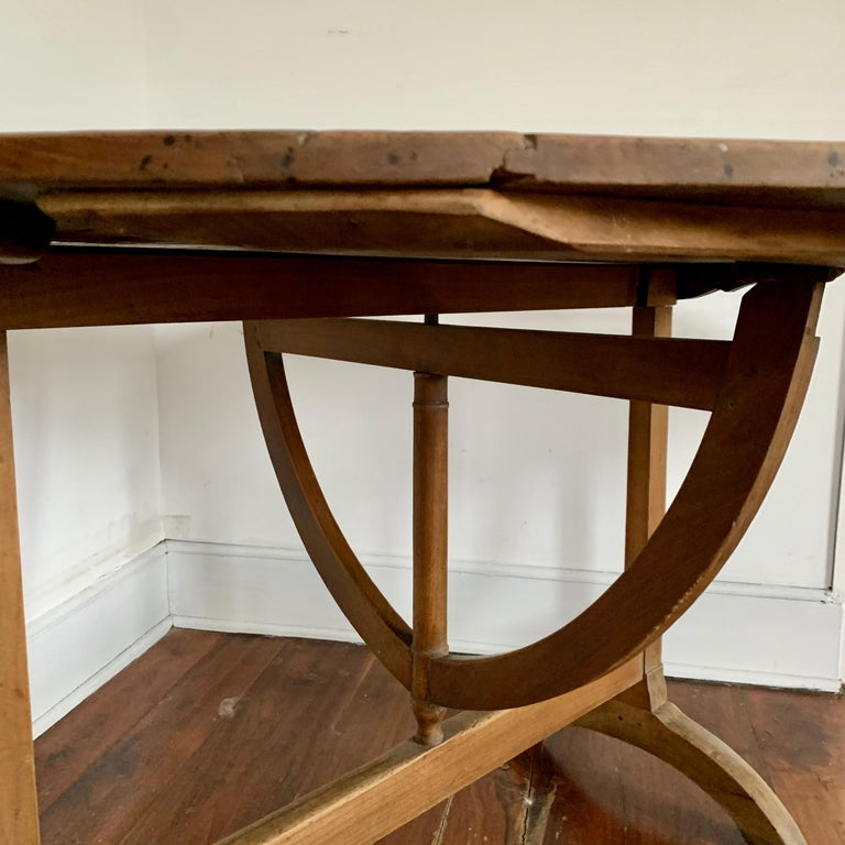 French Tilt-top Wine Tasting Table, 19th Century In Good Condition For Sale In Doylestown, PA