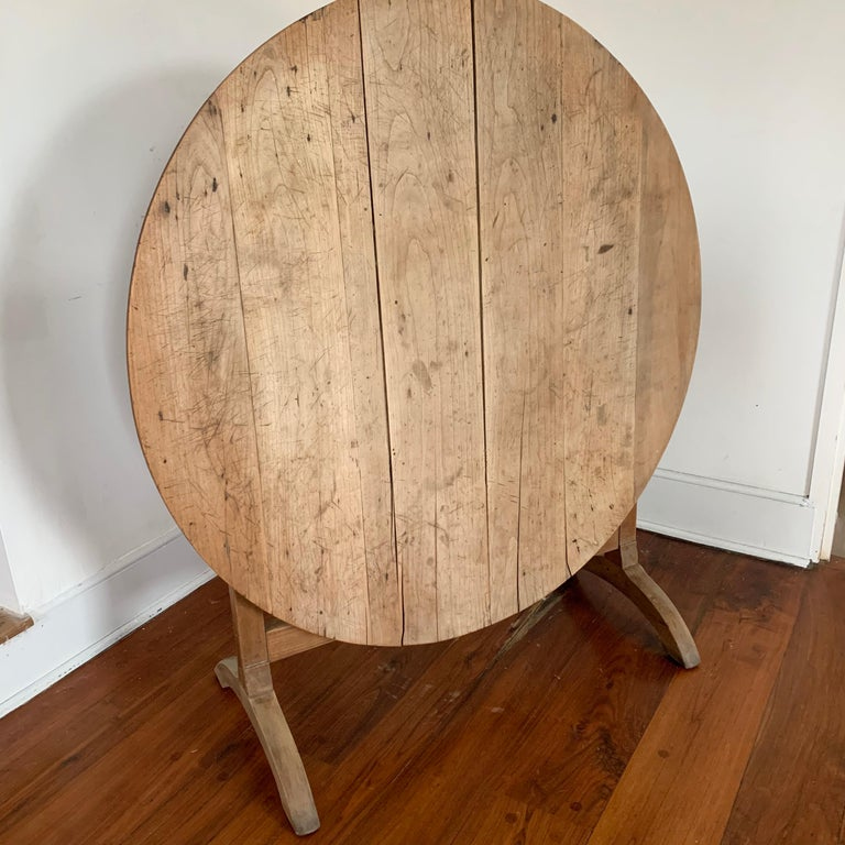 French Tilt-top Wine Tasting Table, 19th Century For Sale 3