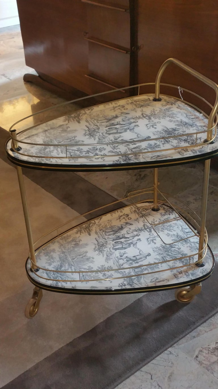 20th Century French Toile De Jouie Bar Cart In Good Condition For Sale In Prato, Tuscany