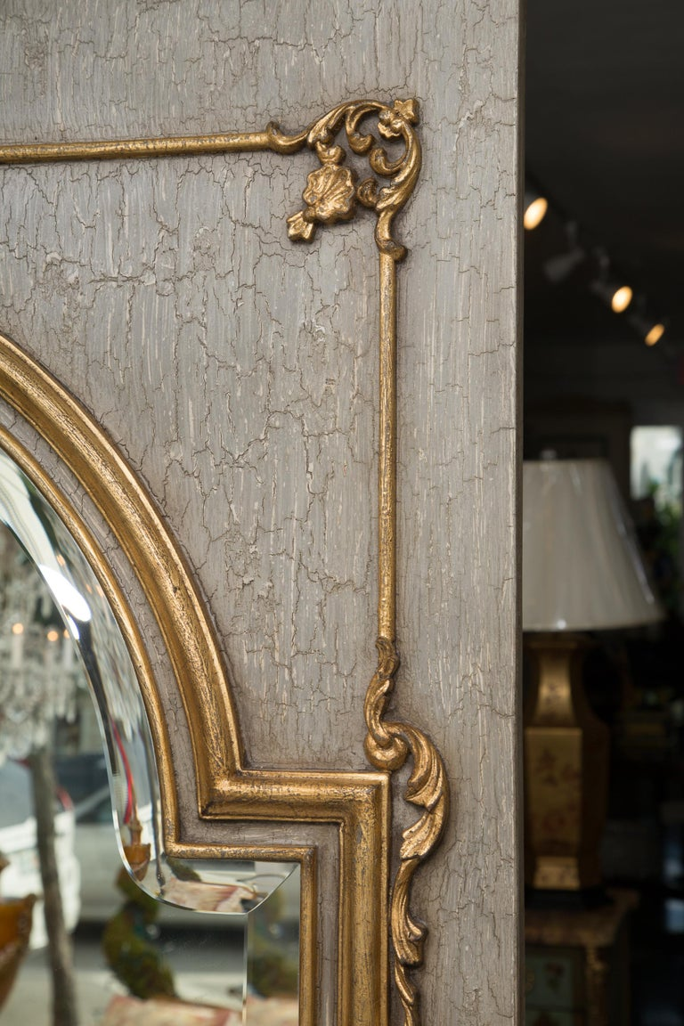 French Trumeau Mirror with Crackled Finish and Gilt Highlights In Good Condition For Sale In WEST PALM BEACH, FL
