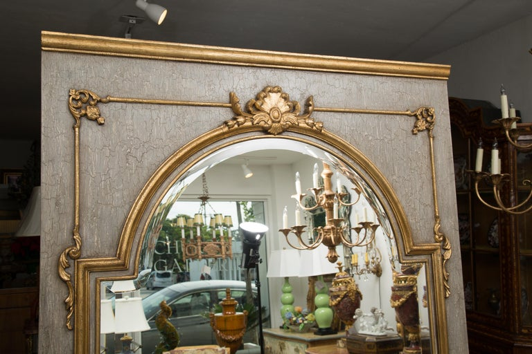 French Trumeau Mirror with Crackled Finish and Gilt Highlights For Sale 1