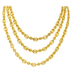 French Victorian 18 Karat Gold Long Chain Necklace