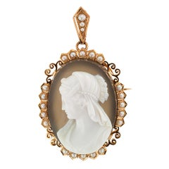 French Victorian Hardstone Cameo Pearl Gold Brooch Pendant