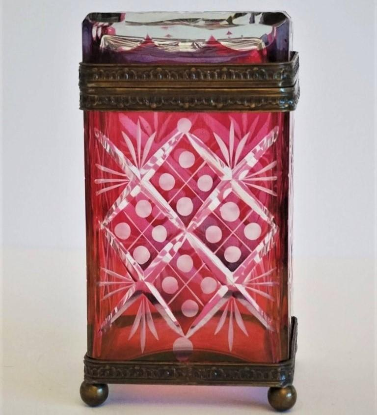 French Victorian Style Ruby to Clear Cut Crystal Box Bronze Mounts, 19th Century For Sale 3