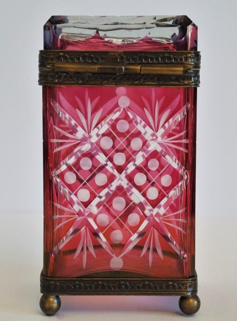 French Victorian Style Ruby to Clear Cut Crystal Box Bronze Mounts, 19th Century For Sale 4