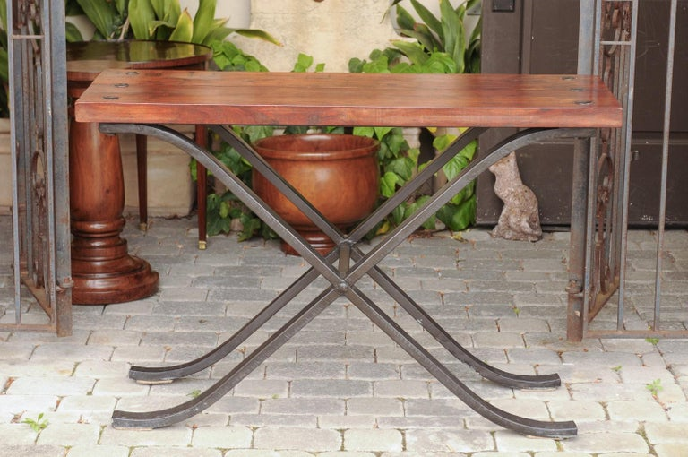 French Vintage 1950s Narrow Walnut and Iron Table with Curving X-Form Stretcher For Sale 7