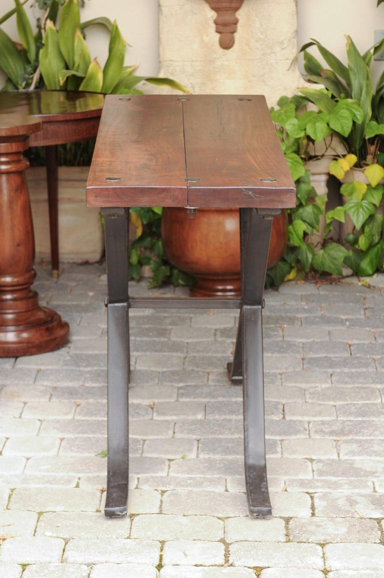 French Vintage 1950s Narrow Walnut and Iron Table with Curving X-Form Stretcher For Sale 8