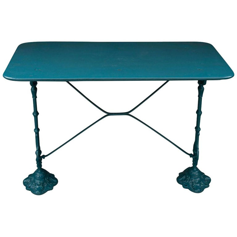 French Vintage 20th Century Iron Bistro Table For Sale