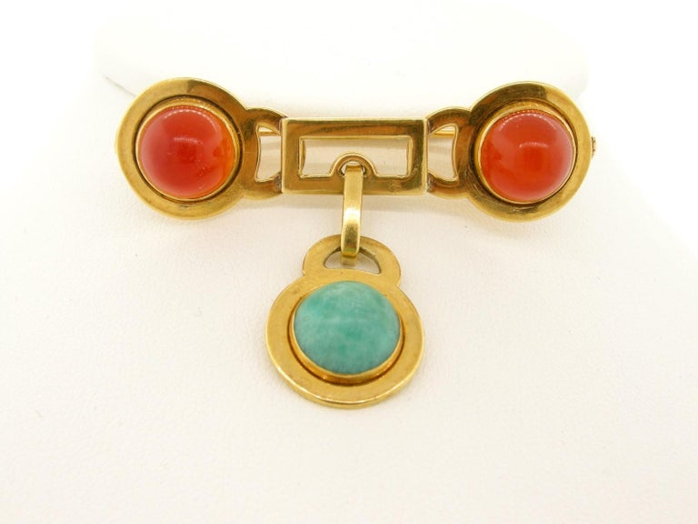 Round Cut French Vintage Carnelian Gold Brooch For Sale