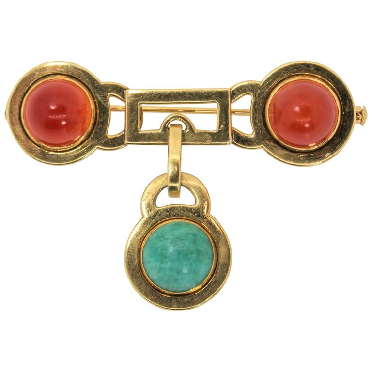 French Vintage Carnelian Gold Brooch For Sale