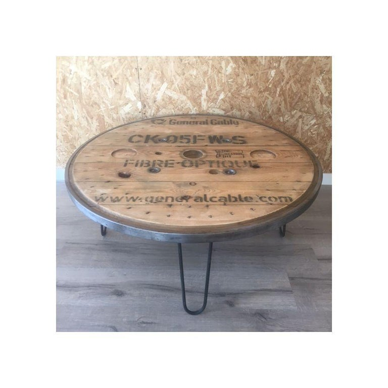 French Vintage Industrial Round Table In Good Condition For Sale In Paris, FR